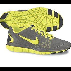 Women's Nike Free Fit 2